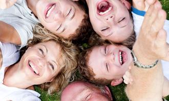 Glade voksne og barn