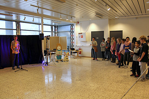 Elever i 7B på Mjøndalen skole fremførte dikt