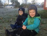 Petter og Johannes høsten 2015
