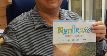 Ordførar Noralv Distad ønskjer velkommen til Nynorske litteraturdagar