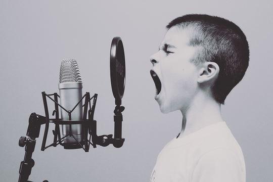 Gutt som synger