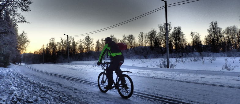 Cycling in winter_1024x768