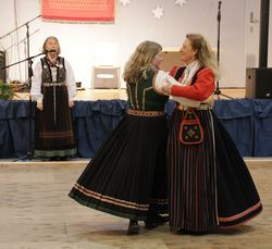Kirsten Friis og Mari Andrea Ness pardans A