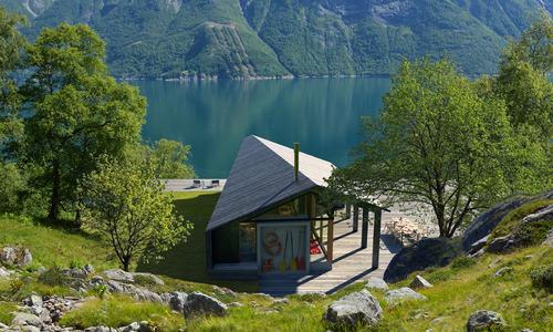 Rindalshytter_Gapahuk_VedFjorden_www