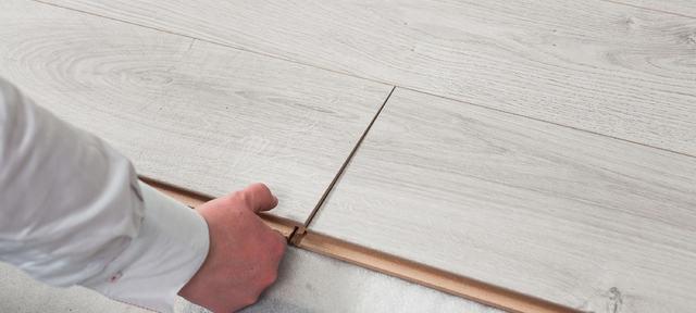 Legge gulv om sommeren-PRAKTISK-Foto-KristianOwren-ifi