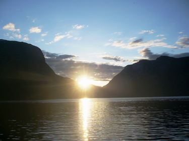 Solnedgang Aurland 23.06.2010 Foto: ALR Noralv Distad