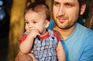 pappa og lite barn