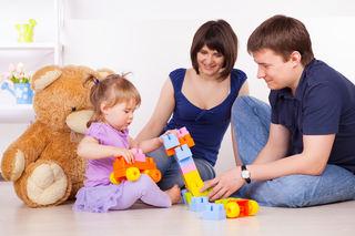 Barn, mor og far