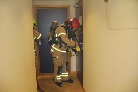 Røykdykkerøvelse 240315 083 - Kopi.jpg