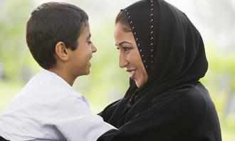 Muslimsk mor og sønn