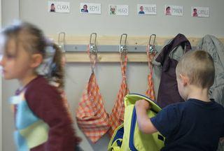 Garderobe med barn