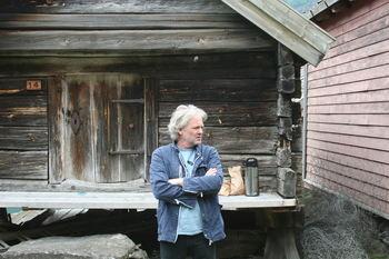 RESTAURERING: - Restaurering og brannsikring er essensielt og må på plass før ein satse skikkeleg på større næringsaktivitet på Otternes, seier styreleiar i stiftinga Otternes bygdetun, Jon Skjerdal.
