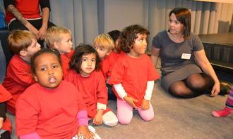 Marie Skinstad-Jansen og barn fra Marken bhg