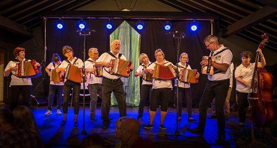 Naustedal toradergruppe - Lagspel D-T - Foto Silje Drevdal