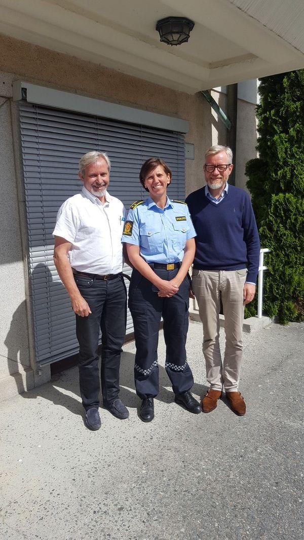 Ny politikontakt Inger Kristine Væråmoen. Her sammen med ordfører Per R. Berger og rådmann Torger Ødegaard