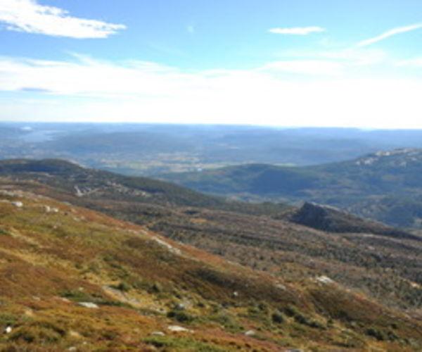 Utsikt mot Jønnbu og Bø