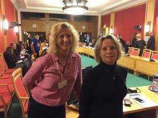 Lou Cathrin Norreen og Åse-Berit Hoffart i høring