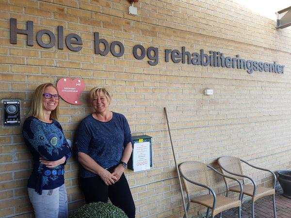 Hovedlivsgledeansvarlig Nina Hove og Martha Iren Øverli, saksbehandler
