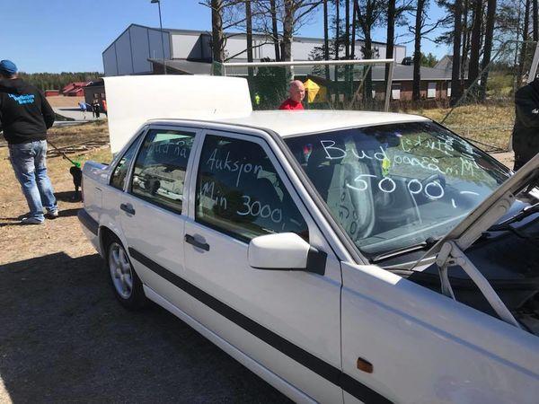 Volvo -auksjonert bort Vårmønstringa