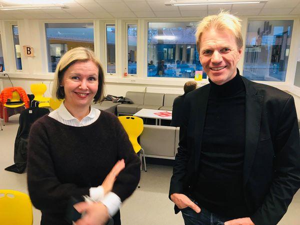Rådmann Alice Reigstad og Halvard Moe fra KS-konsulent