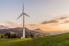 wind-turbine-2218457_1280