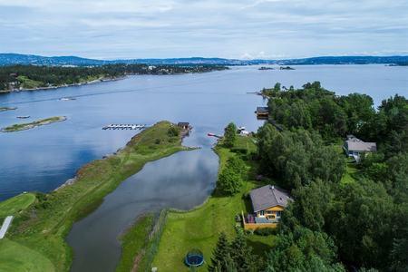 oustøya