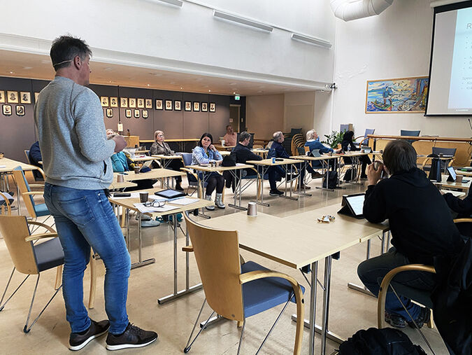 Rådmann Bjørn Atle Hansen la frem regnskapsrapporten for økonomiutvalget tidligere i mars.