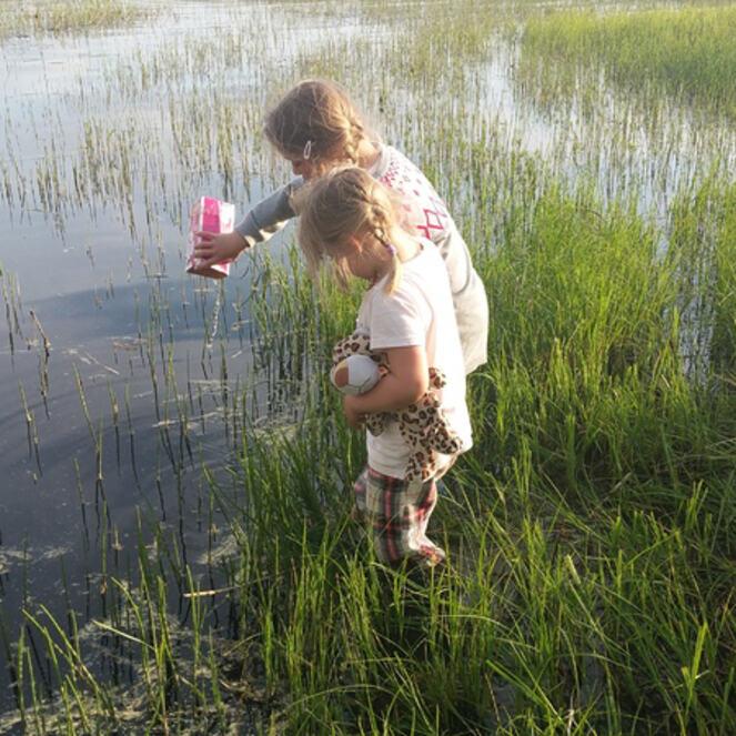Kollerud-gard-med-barn