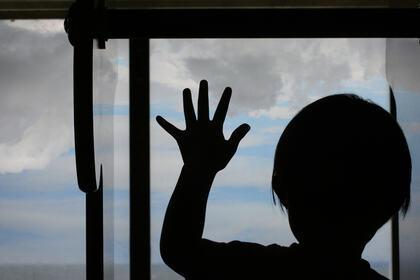POTENSIAL: Forslaget til veileder om taushetsplikt, opplysningsplikt og opplysningsrett i forvaltningen kan være nyttig for barnehager og foreldre. Bildet viser en liten gutt i barnehagen. foto: colourbox