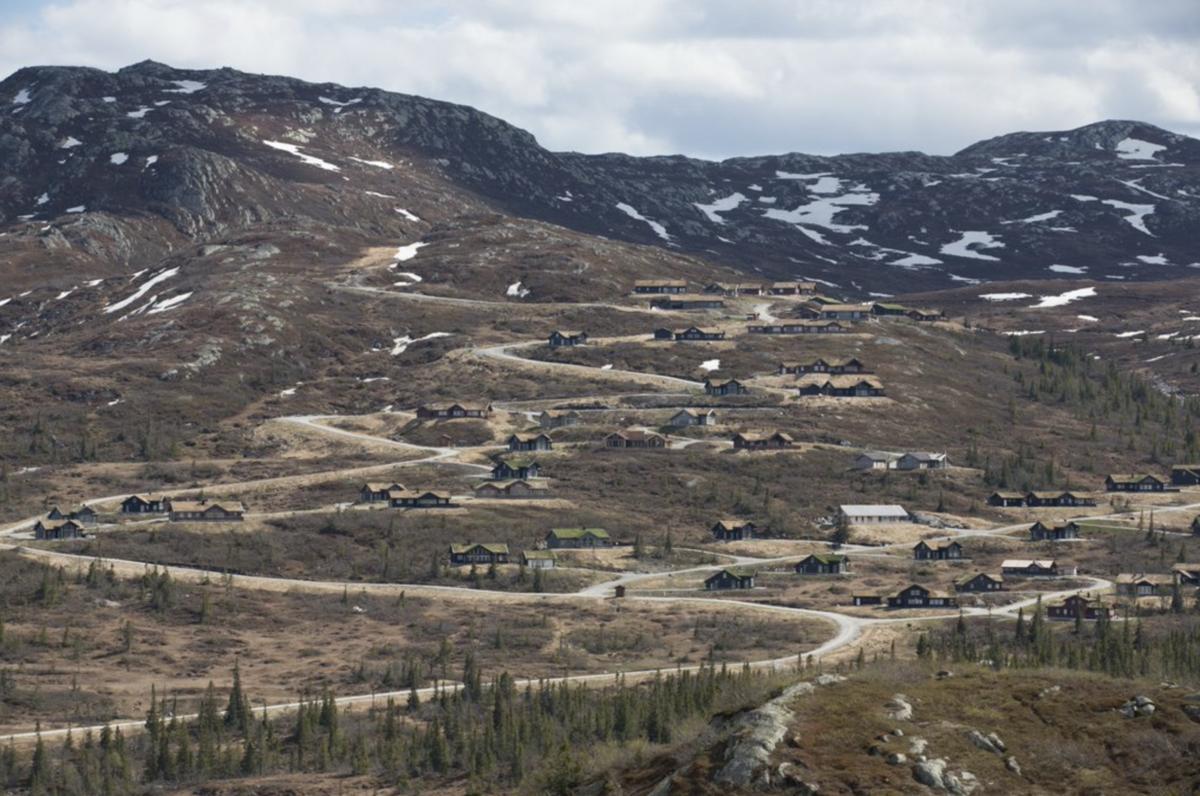 Hyttebygging i fjellet, foto T.W. Skancke/NJFF